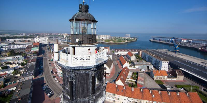 Calais lighthouse